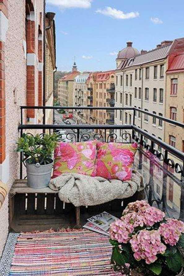 35-small-balcony-gardens (30)
