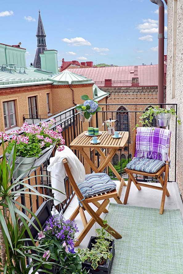 35-small-balcony-gardens (31)