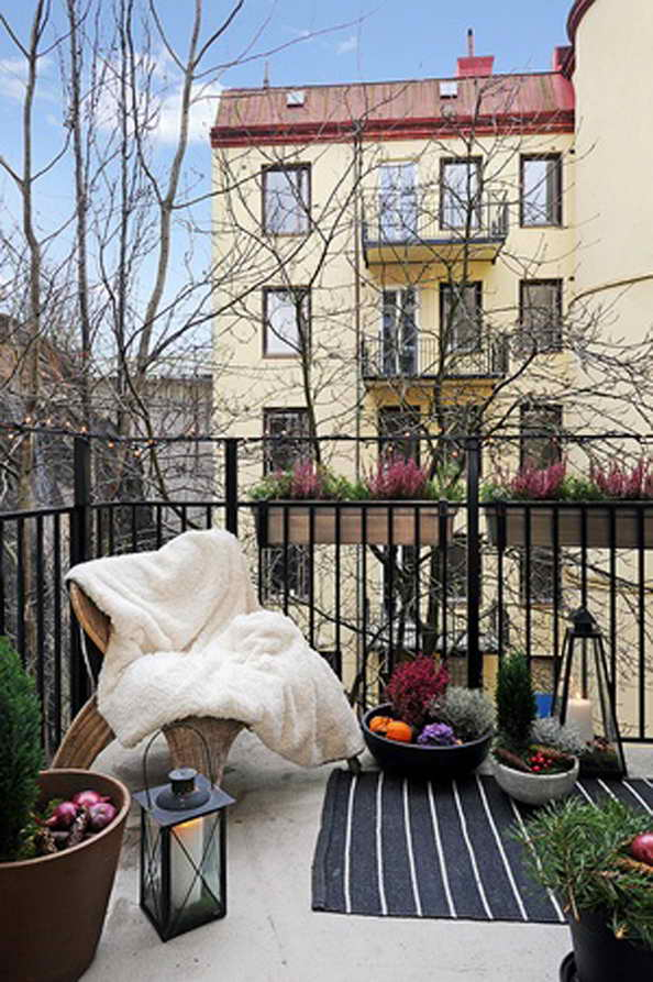 35-small-balcony-gardens (9)