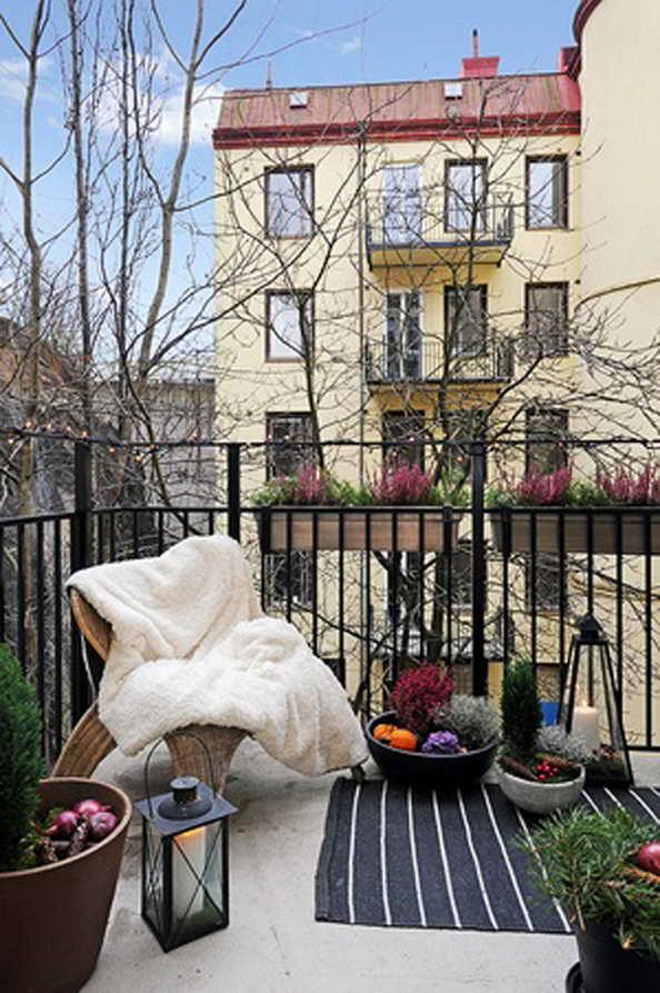 35-small-balcony-gardens (9)