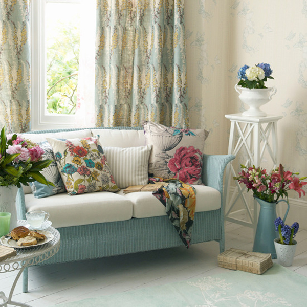 rustic-pastel-living-room-with-small-sofas