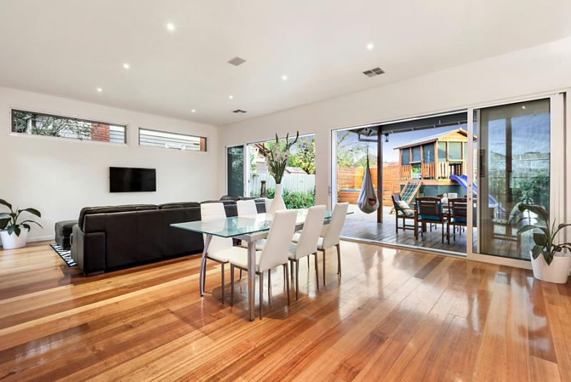 1 floor 4 bedroom contemporary hybrid house (2)
