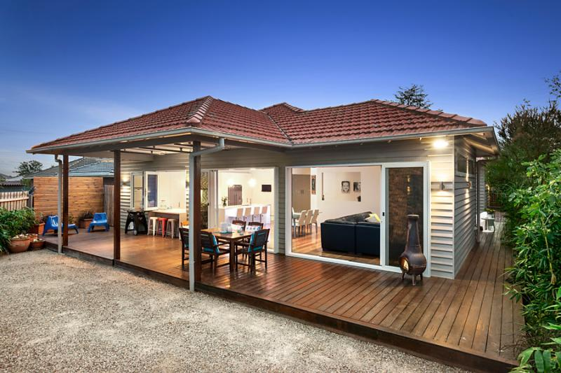 1 floor 4 bedroom contemporary hybrid house (4)