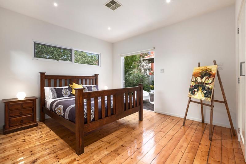 1 floor 4 bedroom contemporary hybrid house (5)