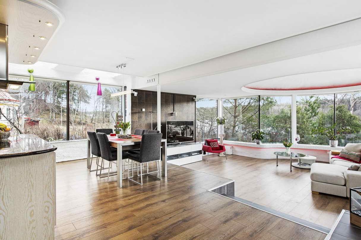2-stories-elegant-gray-house (9)