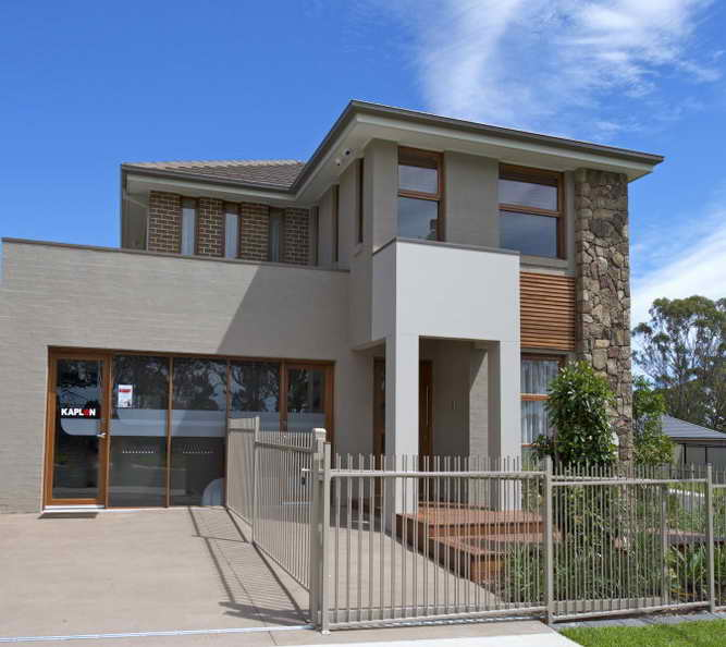 modern spacious house with fantastic exterior (1)