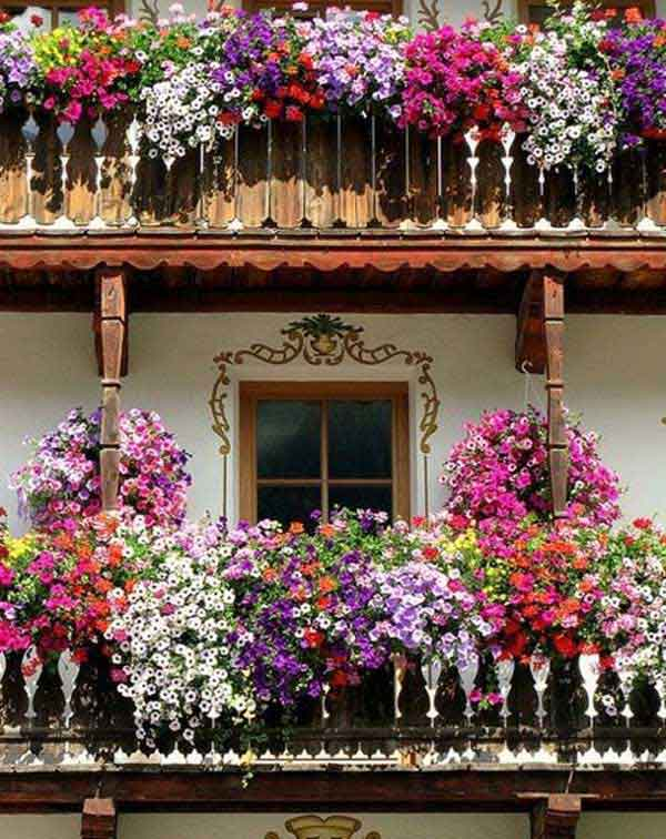 24-ideas-for-charming-exterior-flower-decoration (12)