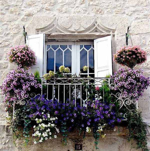24-ideas-for-charming-exterior-flower-decoration (16)