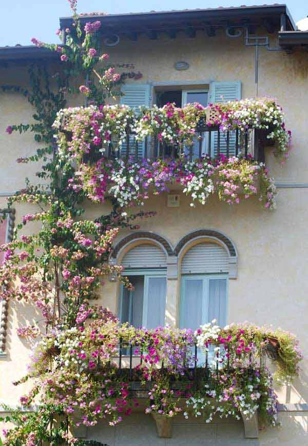 24-ideas-for-charming-exterior-flower-decoration (23)