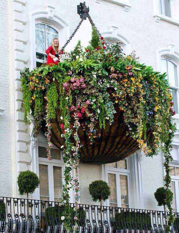 24-ideas-for-charming-exterior-flower-decoration (24)
