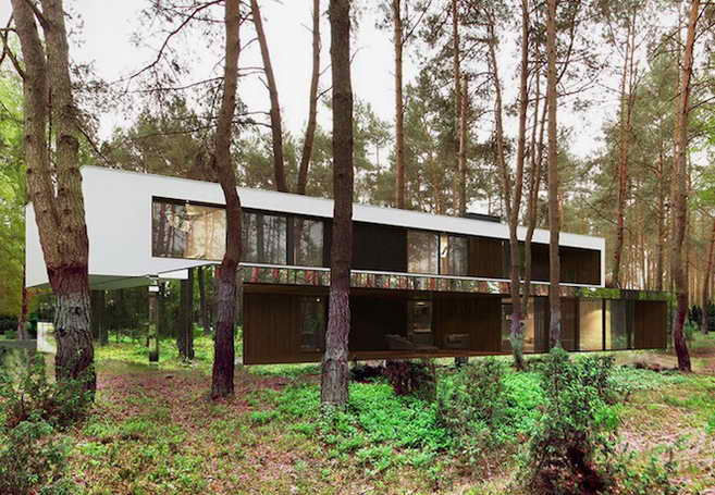 cloaking-mirror-house-in-wood (4)