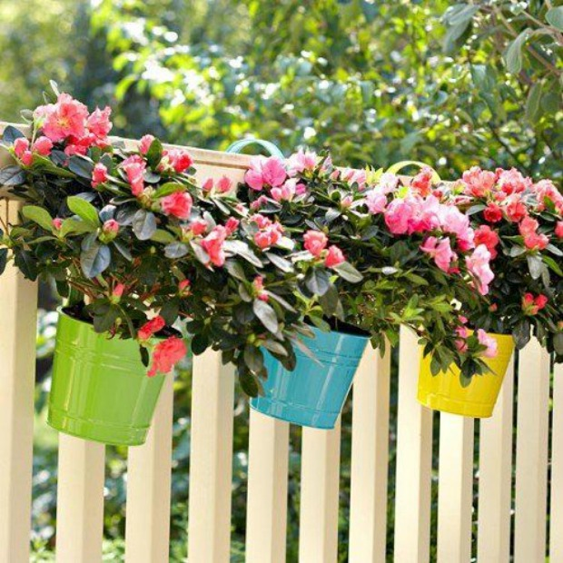 17-ideas-to-recycle-old-trash-into-garden-decorations (13)