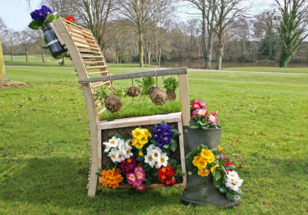 17-ideas-to-recycle-old-trash-into-garden-decorations (14)