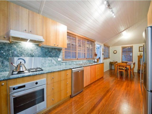 2 floor contemporary basement house (3)