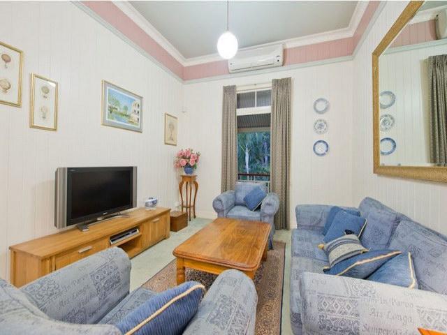 2 floor contemporary basement house (9)
