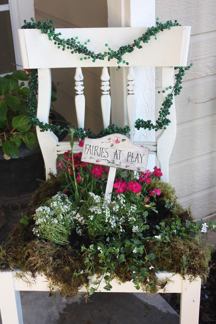 24 ideas to recycle old furniture into garden decorations (19)
