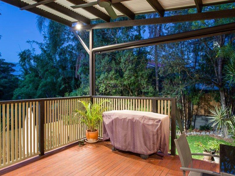 3 floor sublime style house  (13)