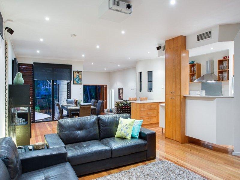 3 floor sublime style house  (3)