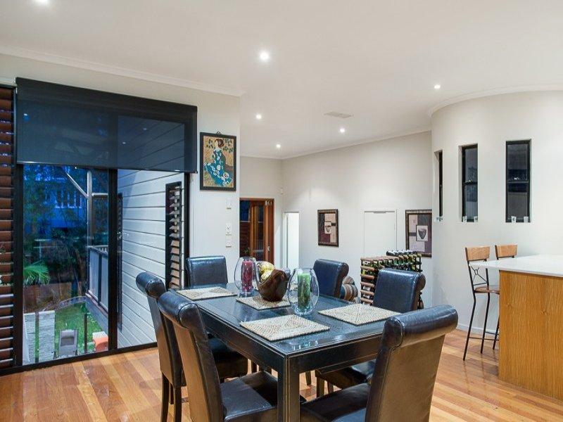 3 floor sublime style house  (4)