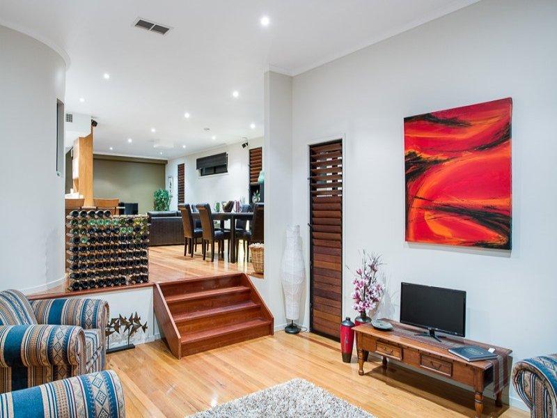 3 floor sublime style house  (6)