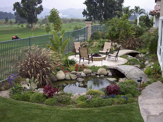 31 dreamy backyard gardens (18)