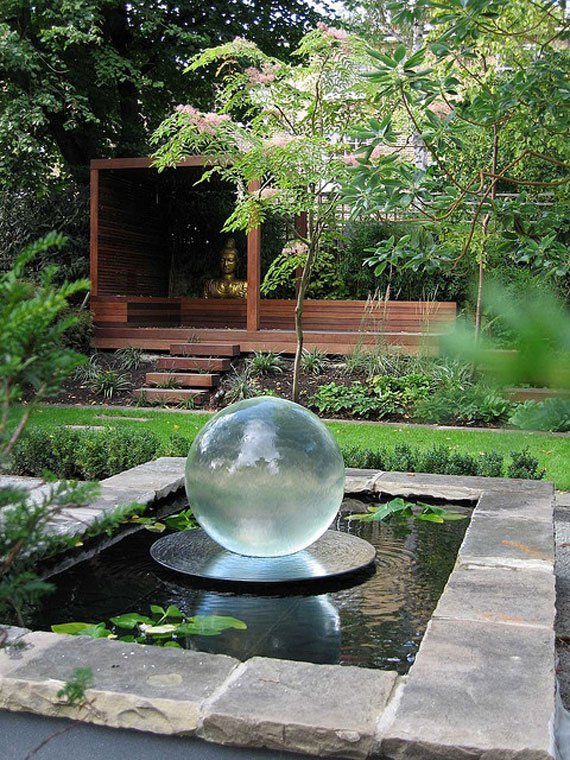 31 dreamy backyard gardens (21)