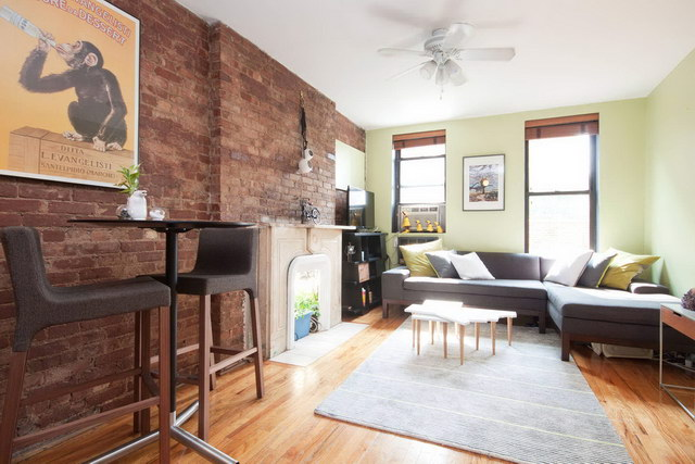 34 brick wall living room interior designs (26)