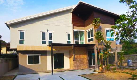 6 bedroom single green renovated house (1)