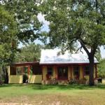 บ้านสไตล์คันทรีคอทเทจ ออกแบบเพื่อชีวิตเรียบง่าย ในขนาดเพียง 37 ตร.ม.