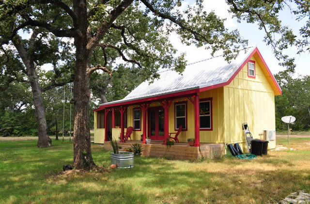 country cottage house for simple living (3)