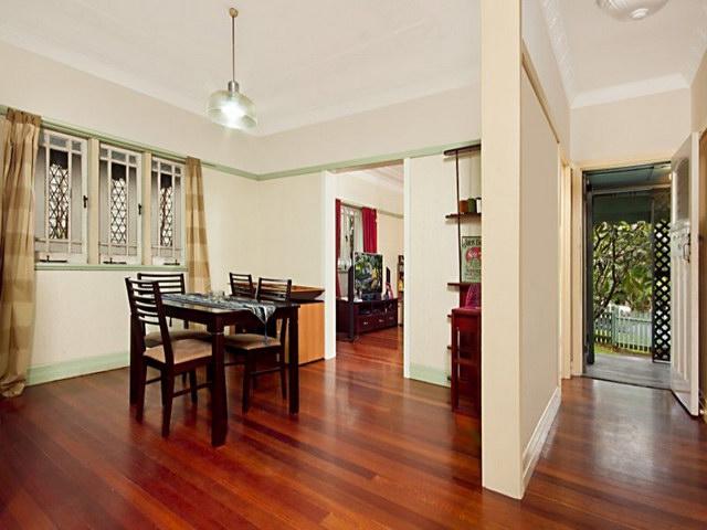 cozy natural contemporary garden house (3)
