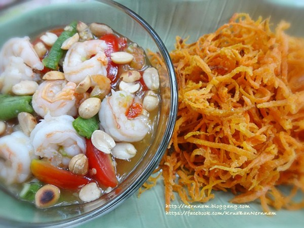 crispy carrot somtam recipe (8)