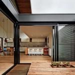 บ้านทรงปั้นหยาแฝด ออกแบบสไตล์ลอฟท์ ใช้แสงและลมจากภายนอก ได้อย่างคุ้มค่า