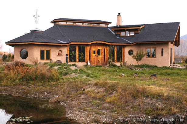 eco-house-made-from-natural-materials (1)
