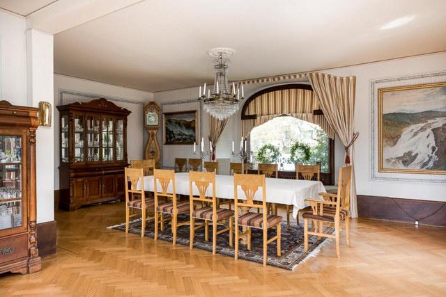 elegant antique villa (10)