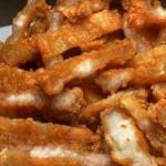 """ชวนเข้าครัวทำ """"หมูสามชั้นทอดน้ำปลา"""" เป็นกับแกล้มก็ได้ จานหลักก็เด็ด กับขั้นตอนที่ง่ายสุดๆ"""