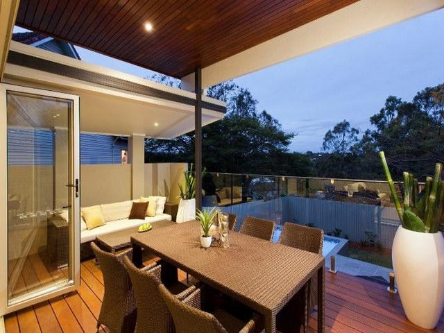 open flatted facade contemporary house  (11)