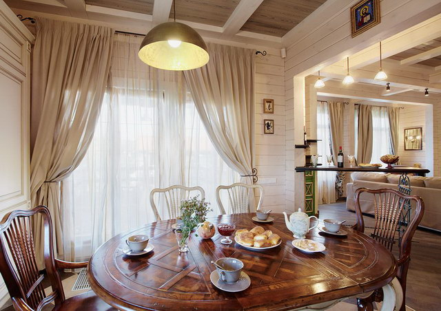 perfect elegant classical house for extended family (6)