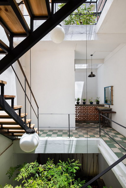 renovate-rowhouse-into-retro-style-in-vietnam (17)