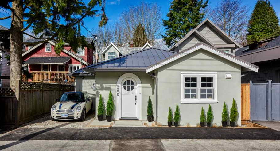small grey outstanding laneway house (1)