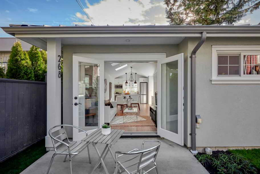 small grey outstanding laneway house (4)