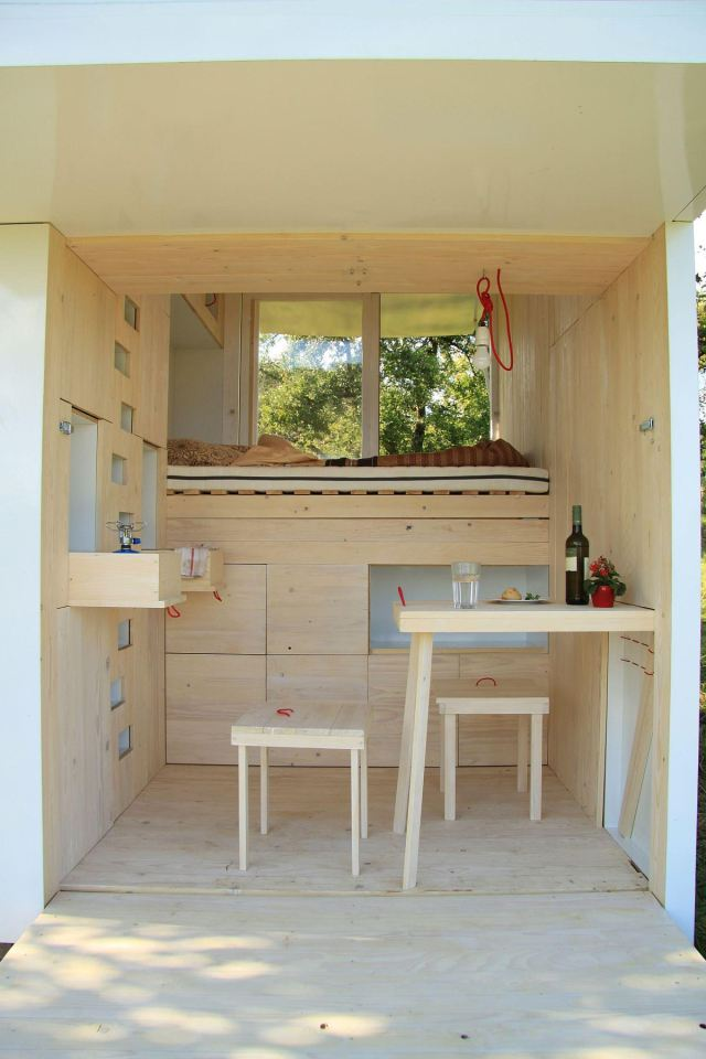 tiny minimal house for self discovery (4)