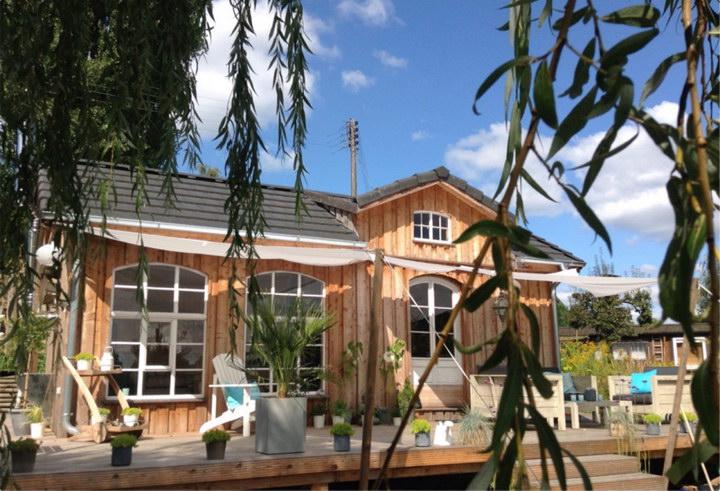 vintage dream garden cottage (14)