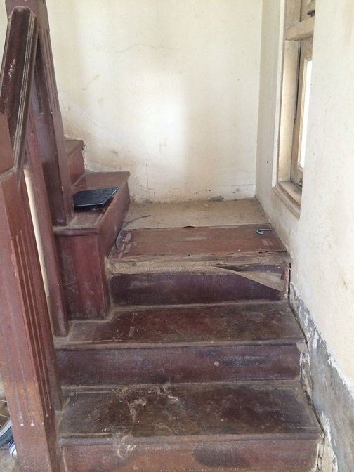 renovate old house flood (6)
