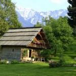 บ้านหลังน้อย 16 แบบ เพื่อชีวิตสงบสบาย ในบรรยากาศธรรมชาติรอบตัว