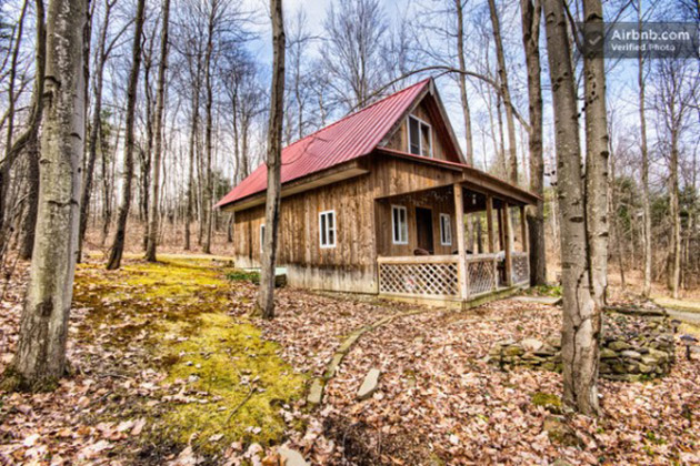 small-cabin-ny-rental-600x400