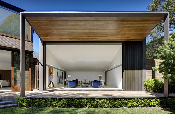 Woollahra-Residence-Tzannes-Associates-02-1-Kidesign-600x391