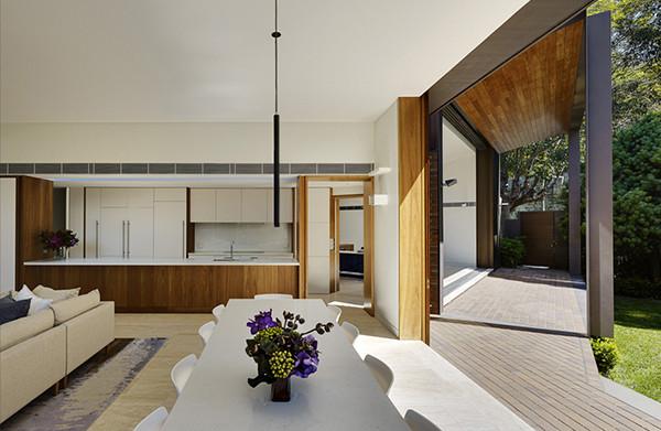 Woollahra-Residence-Tzannes-Associates-03-1-Kidesign-600x391