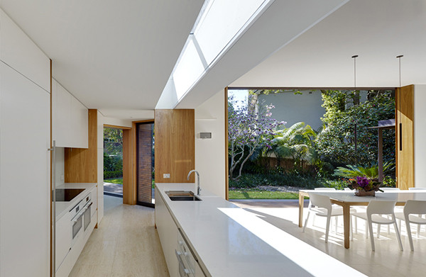 Woollahra-Residence-Tzannes-Associates-05-1-Kidesign-600x391
