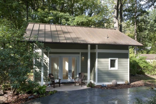 art-design-build-igloo-exterior1-via-smallhousebliss